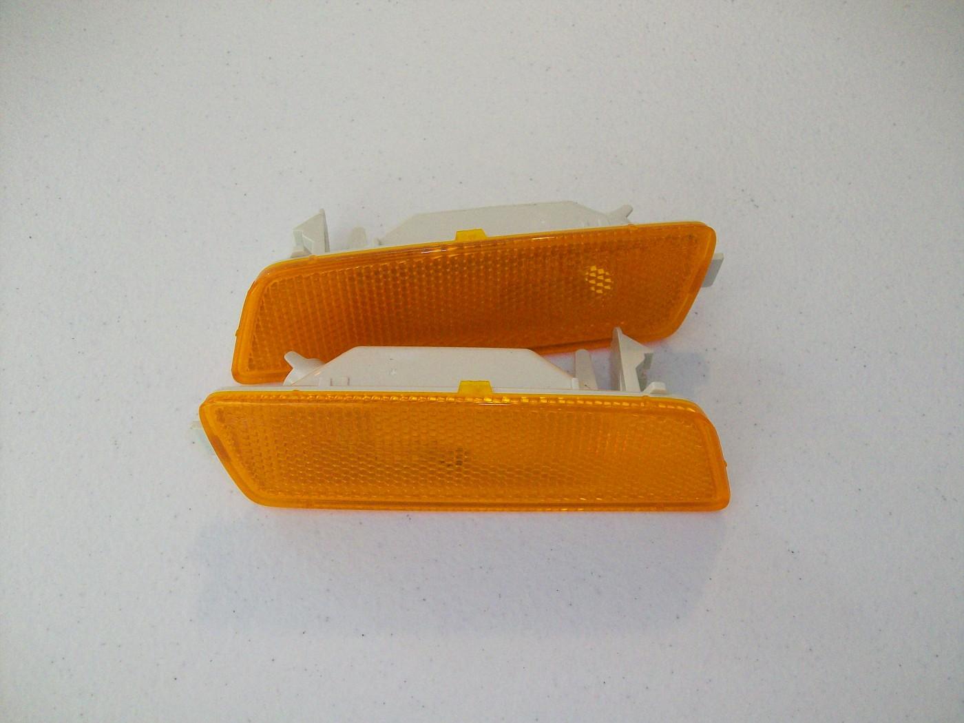 SOLD $10/set Bumper Side Marker Lamp LH and RH for MKV