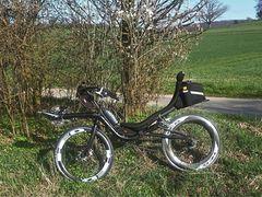"""Mit den 28"""" HED Carbon-Laufrädern fühlt sich die Performer-Couch schneller :-)"""