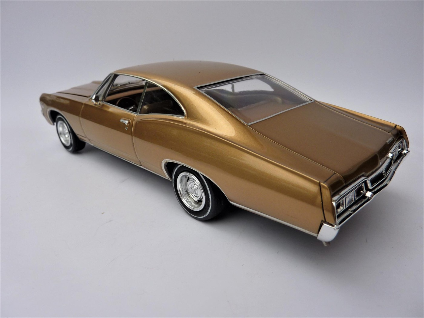 Chevrolet Impala 67 Términée Photo4-vi
