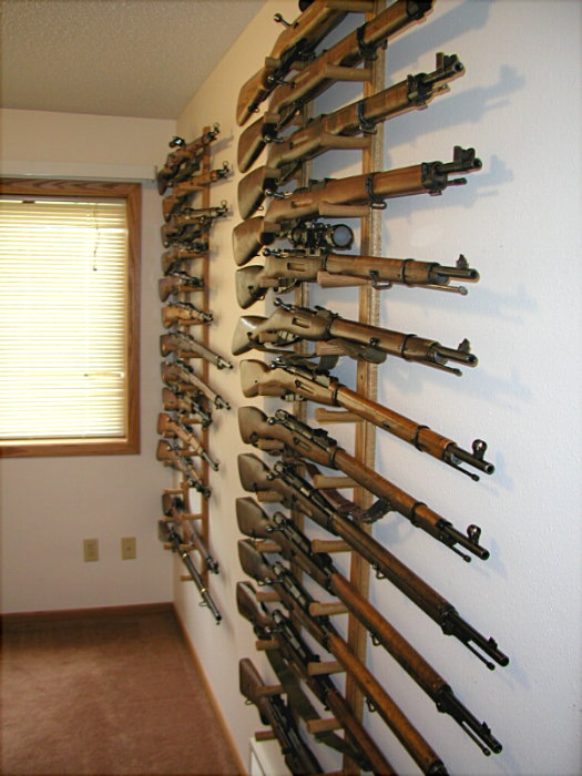 Thread: How do you display your rifles on your wall? Lets see 'em!