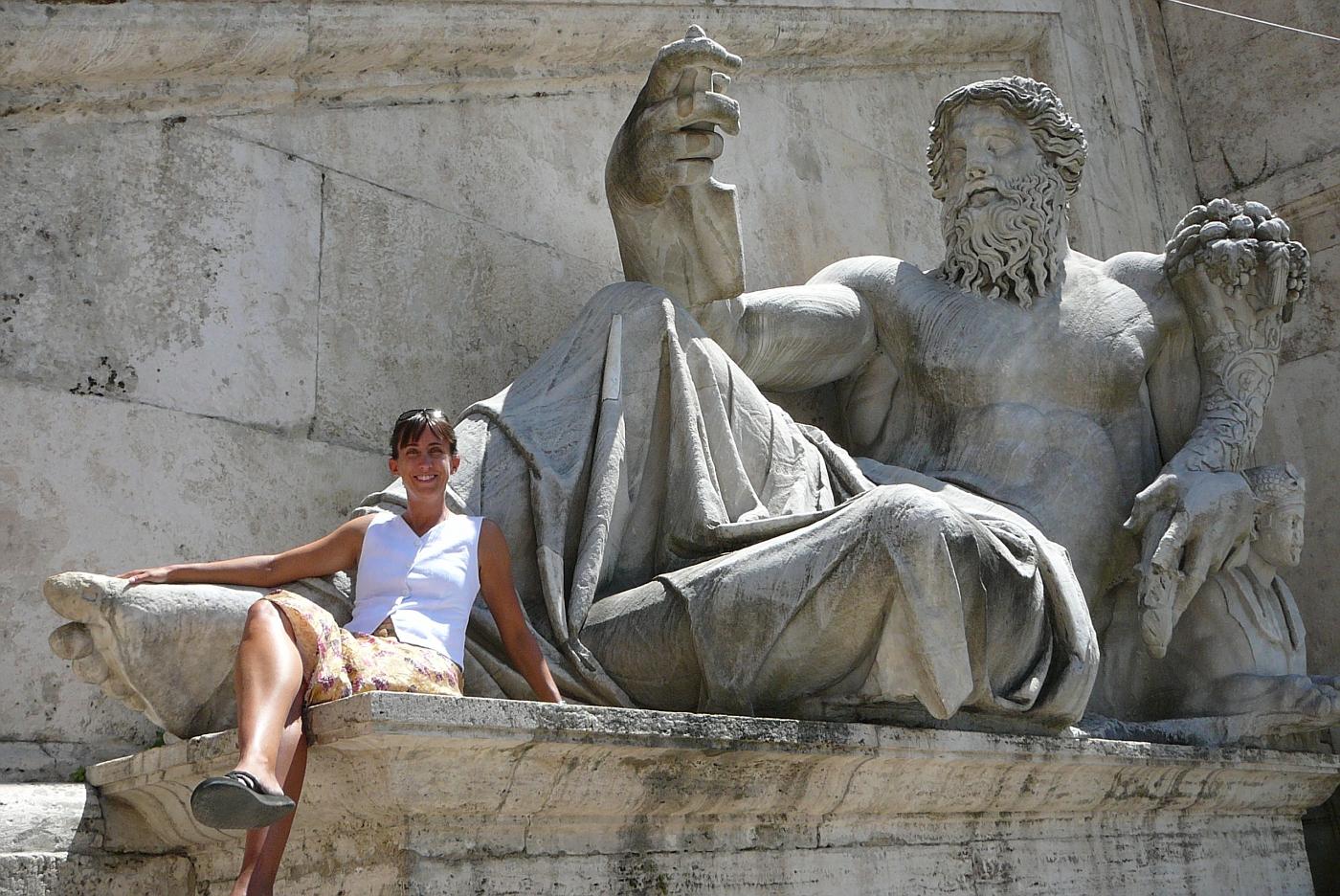 Shelly with Huge Statue in Square Del Campidoglio - 1547 AD