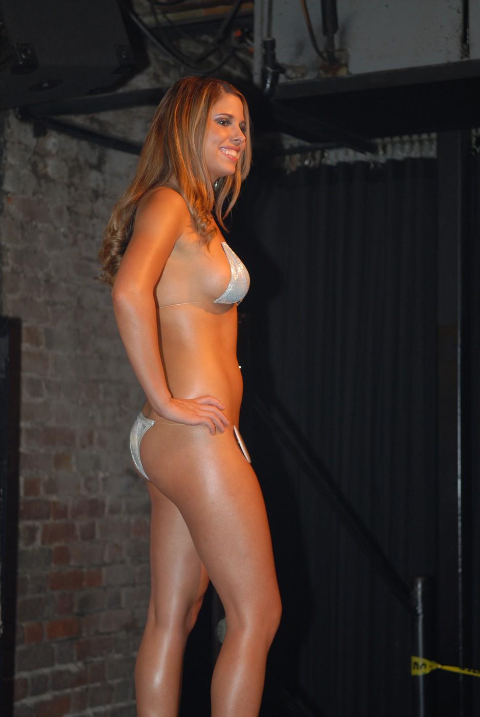 Bar bikini contest — pic 3