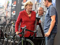 Who knows this lady interested in the cycling?
