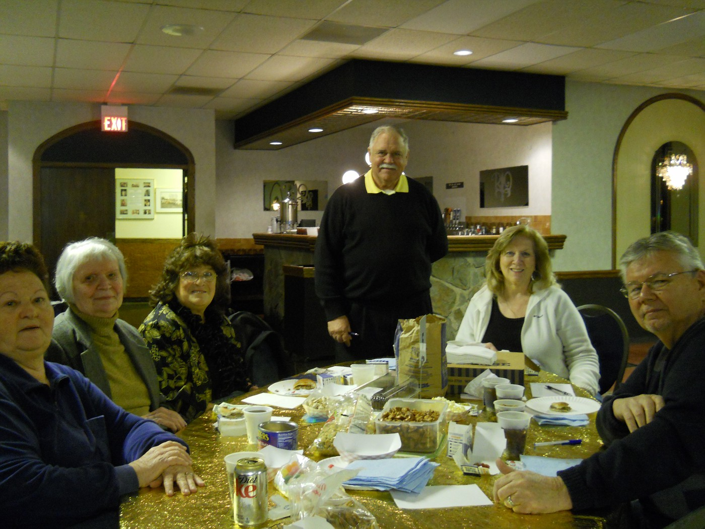 Jackie Maloney, Evelyn Meyers, Judy & Ray Tockstein, Pat Wiseman, Fred Varney