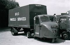 4645LJ  Scammell Scarab   no. 68SW105