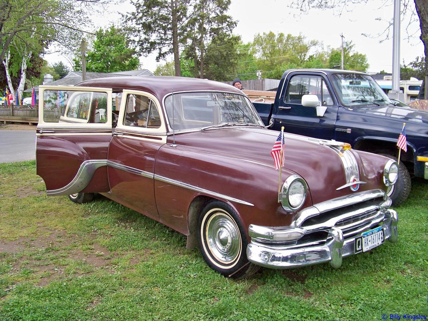 1954 Pontiac Chieftan Deluxe Station Wagon
