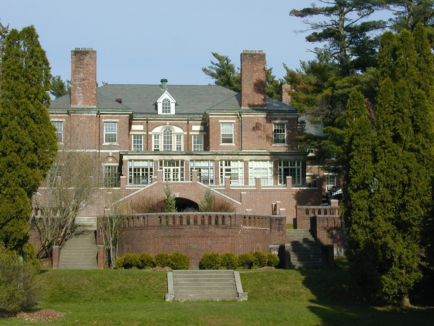 Hyde School Mansion