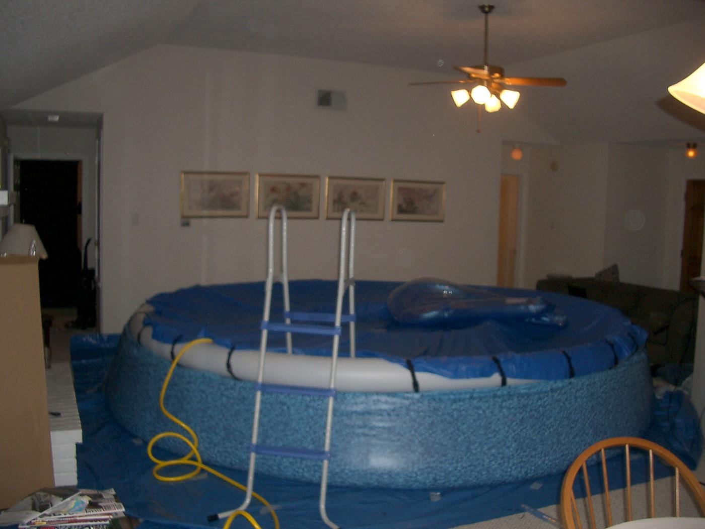 pool 040