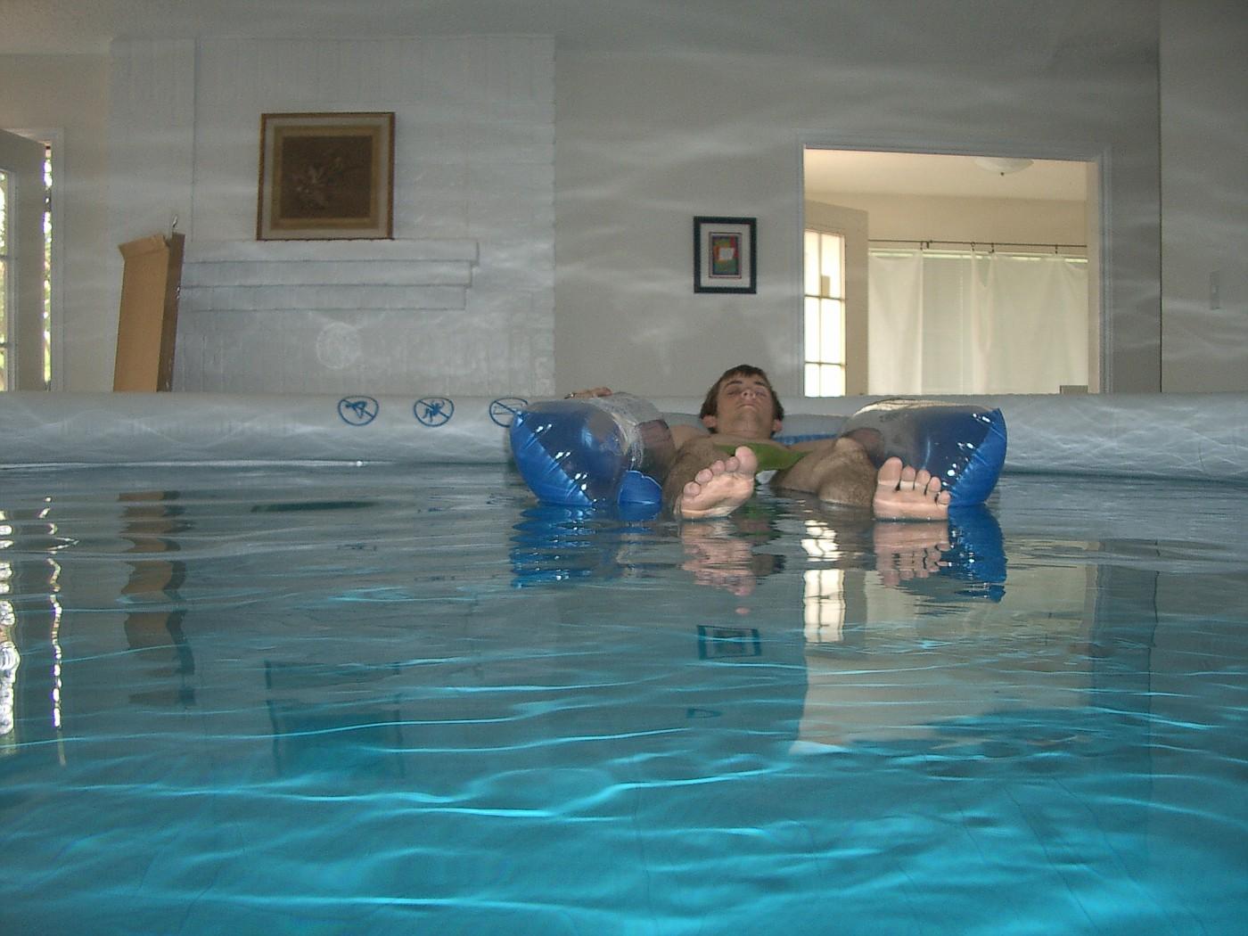 pool 053