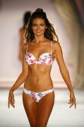 Frankies Bikini SS16 Cam1 0108