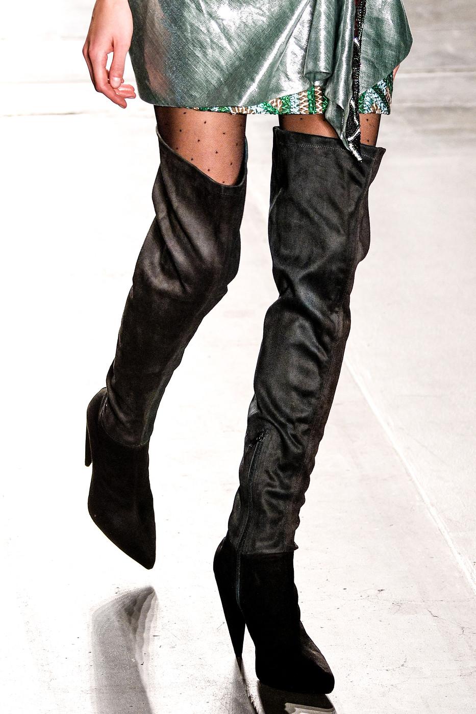 heels https://www.nova-pais.es/tacones