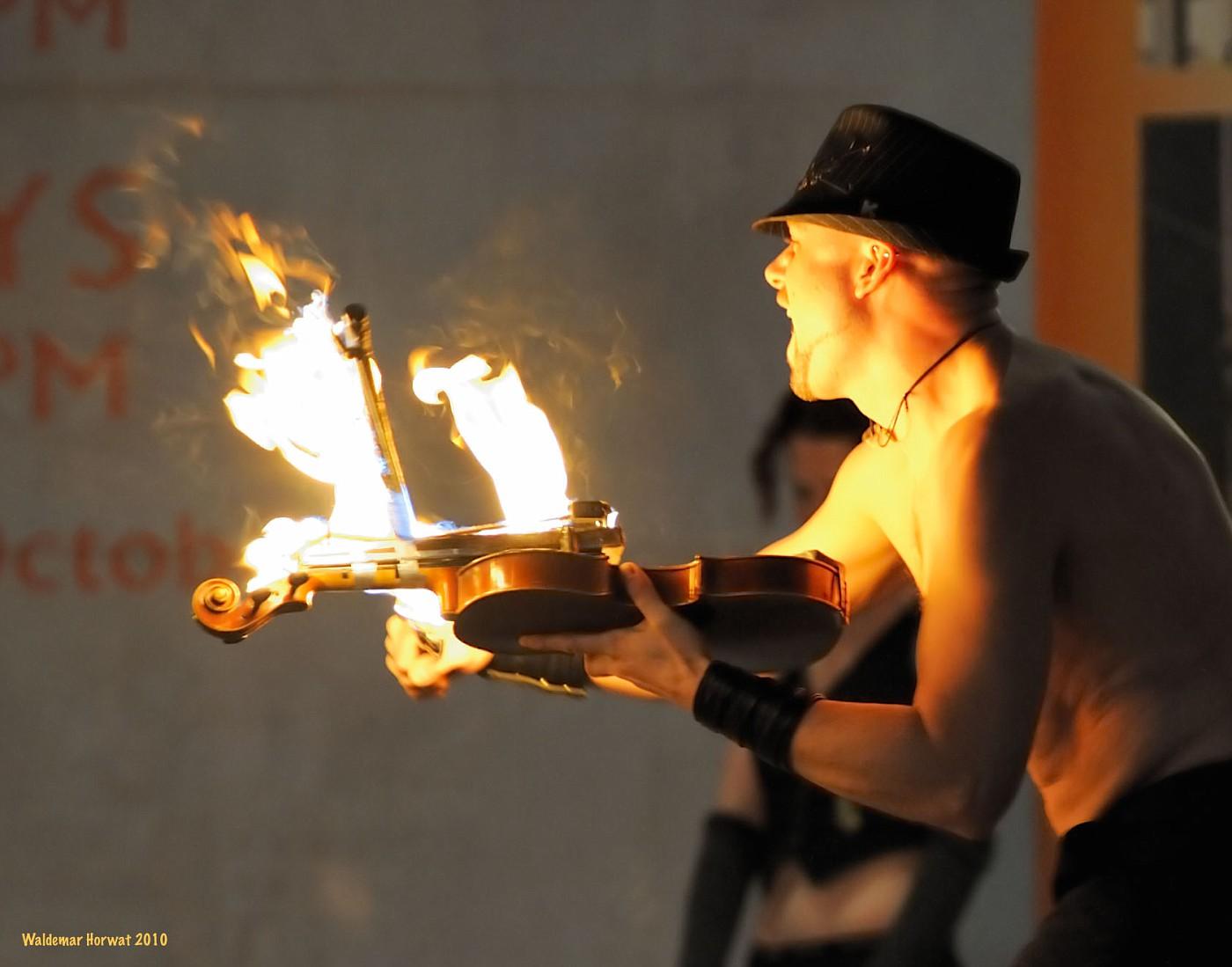 Flaming Violin