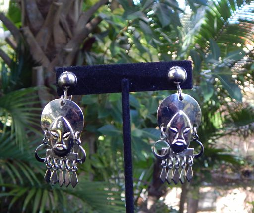 Vintage African Lady Silver-Tone Screw-Back Earrings