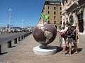 Globe Sculpture Marseille 20100801 005