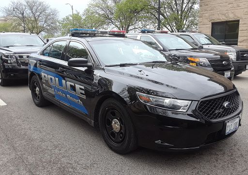 IL- Round Lake Beach Police 2016 Ford Taurus