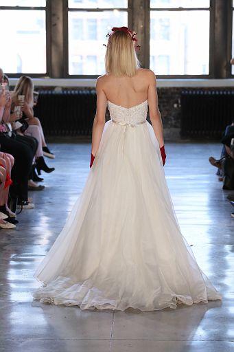 Watters Bridal SS19 0689