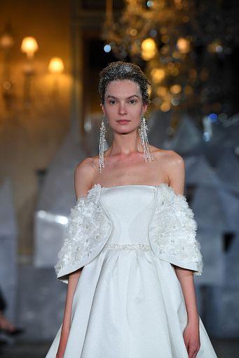 Mira Zwillinger Bridal SS19 0087