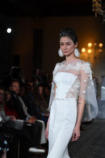 Mira Zwillinger Bridal SS19 0373