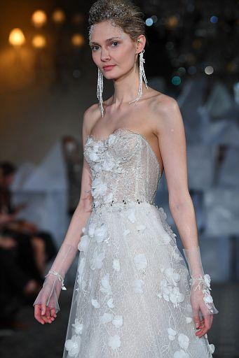 Mira Zwillinger Bridal SS19 0392