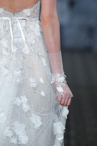 Mira Zwillinger Bridal SS19 0399