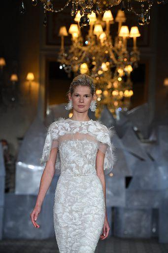 Mira Zwillinger Bridal SS19 0408