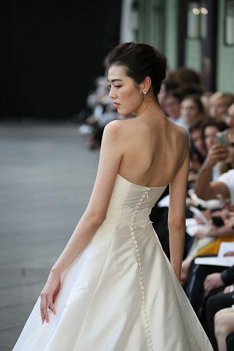 Amsale Bridal Cam1 SS19 0440
