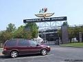Vi börjar dagen med ett besök på Indianapolis Motor Speedway.