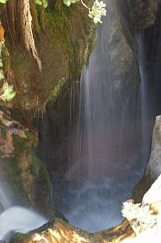 157-CerkovAgNik-vodopad.jpg