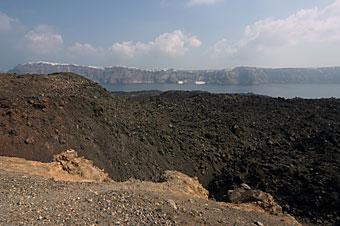 137-SantoriniVulkan.jpg