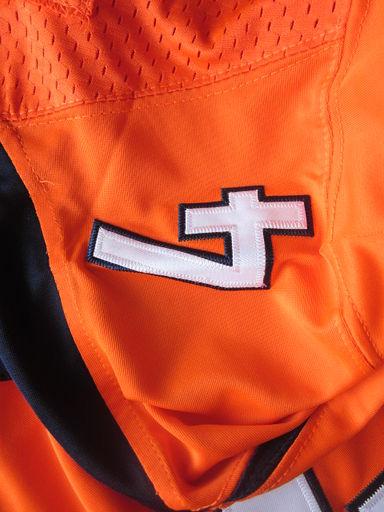 A-Broncos4-orange04