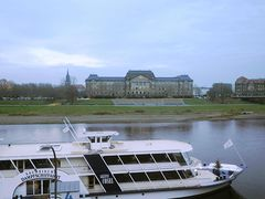 Danpfschiff Gräfin Cosel, die Elbe und das Sächsisches Staatsministerium
